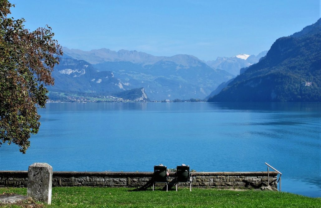 Fine Art, Swiss Landscapes and the Understanding of Everything - Sonia Arekallio | Arenia.ch - Real Estate & Lifestyle in Geneva